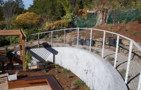 Curved steel railing